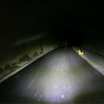 Philips Avtive Ride LED Abblendlicht. Lichtbild aus einem Tunnel.