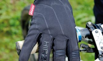 Ausprobiert: Hirzl Grippp Tour Thermo + Finger Jacket