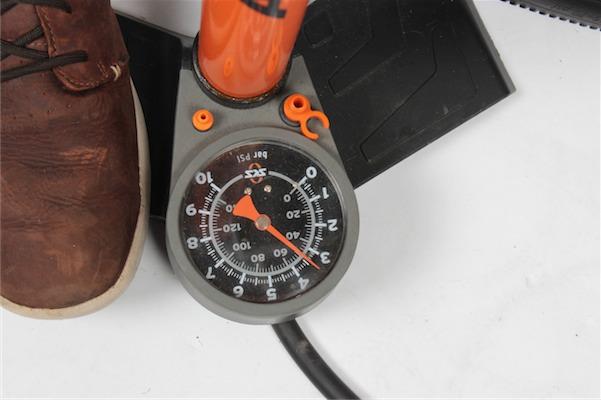 Tubelessmontage richtiger Druck IMG_2761