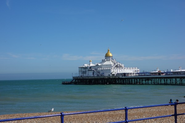 Der Pier in Hastings. Foto: Hokkeler.