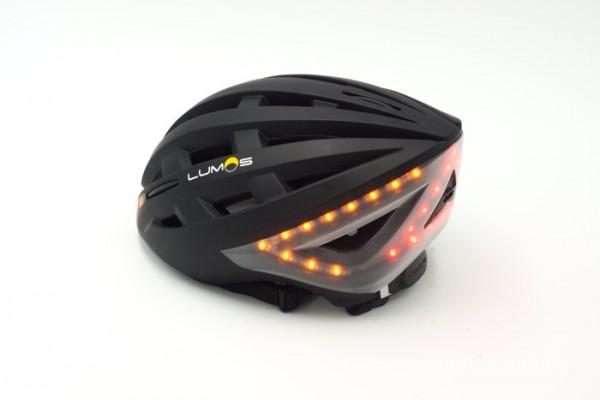 test lumos fahrradhelm mit blinker und bremslicht. Black Bedroom Furniture Sets. Home Design Ideas