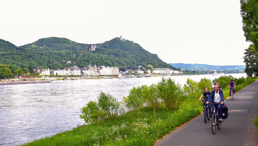 Mittellandroute Teil 1: Von Aachen nach Eisnach